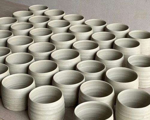 handtrown pots